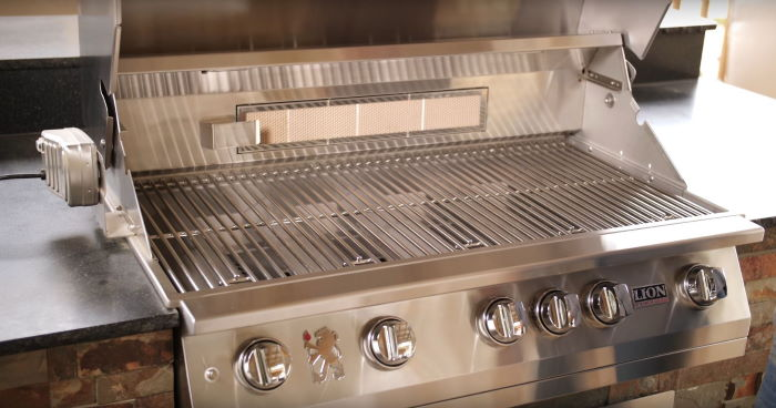Lion Grill Review | Lion Premium BBQ Grills L75000 And L90000